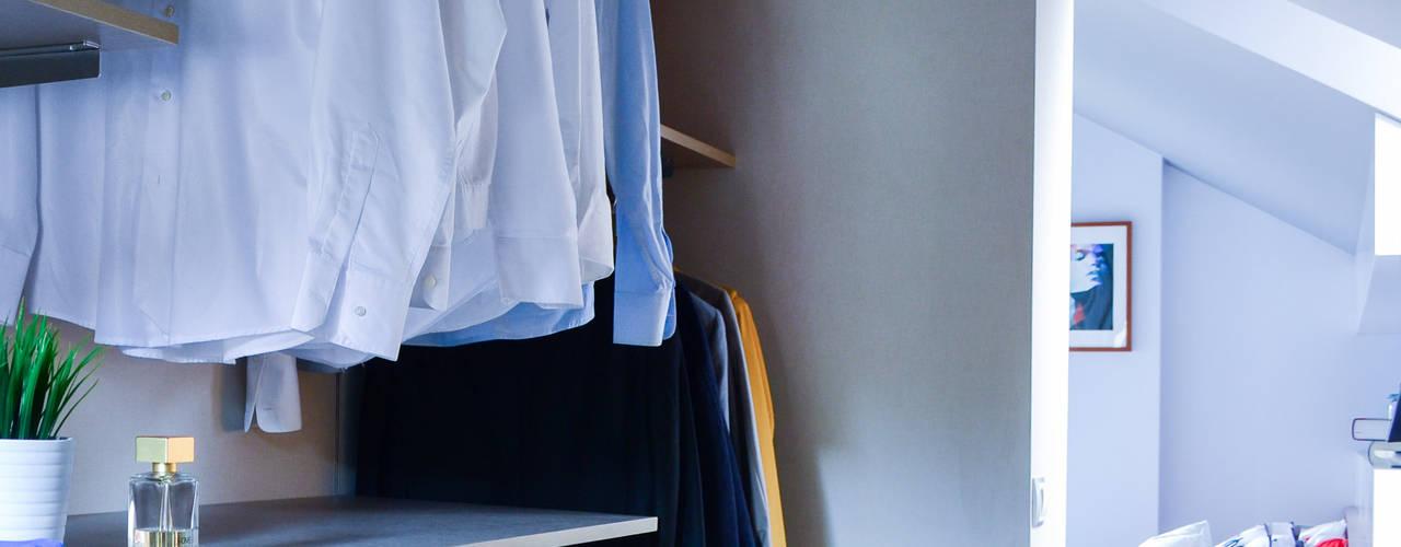 Closets de estilo escandinavo de TEKNIA ESTUDIO Escandinavo