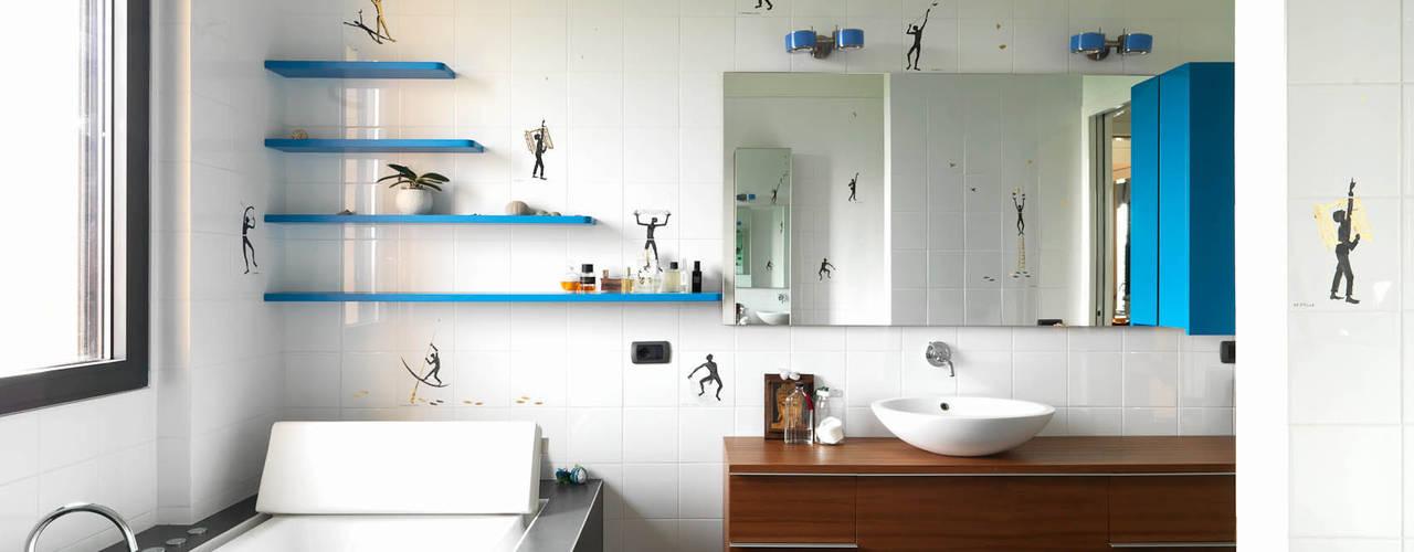 Casas de banho modernas por enzoferrara architetti Moderno