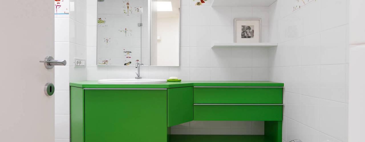 Moderne Badezimmer von enzoferrara architetti Modern