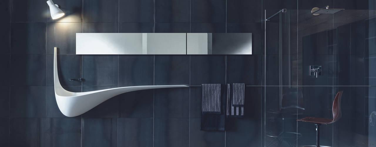 minimalistic Bathroom by Architettura & Servizi