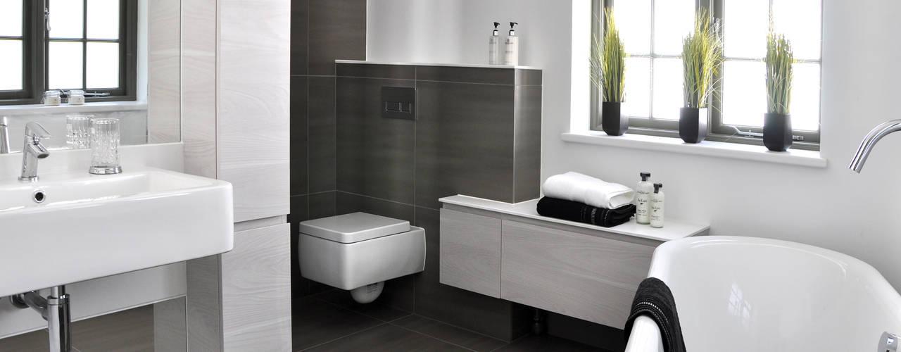 Bathroom by Studio TO