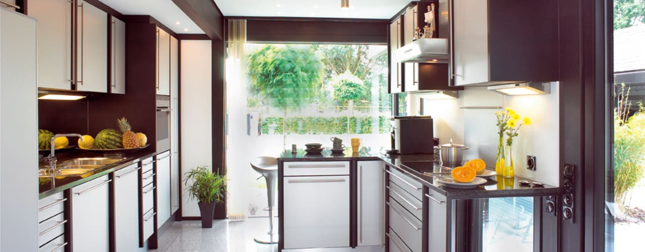 مطبخ تنفيذ DAVINCI HAUS GmbH & Co. KG