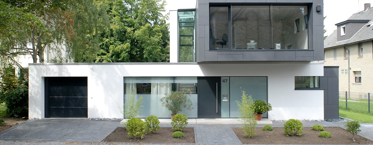 modern Houses by Architekten Spiekermann