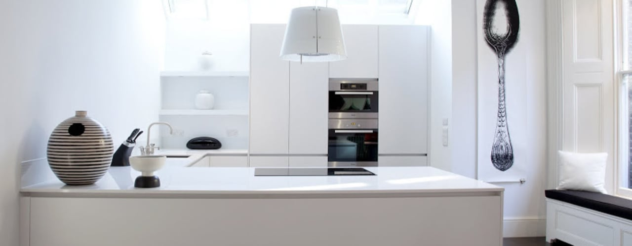 Historic House, Notting Hill, London:  Kitchen by 4D Studio Architects and Interior Designers,