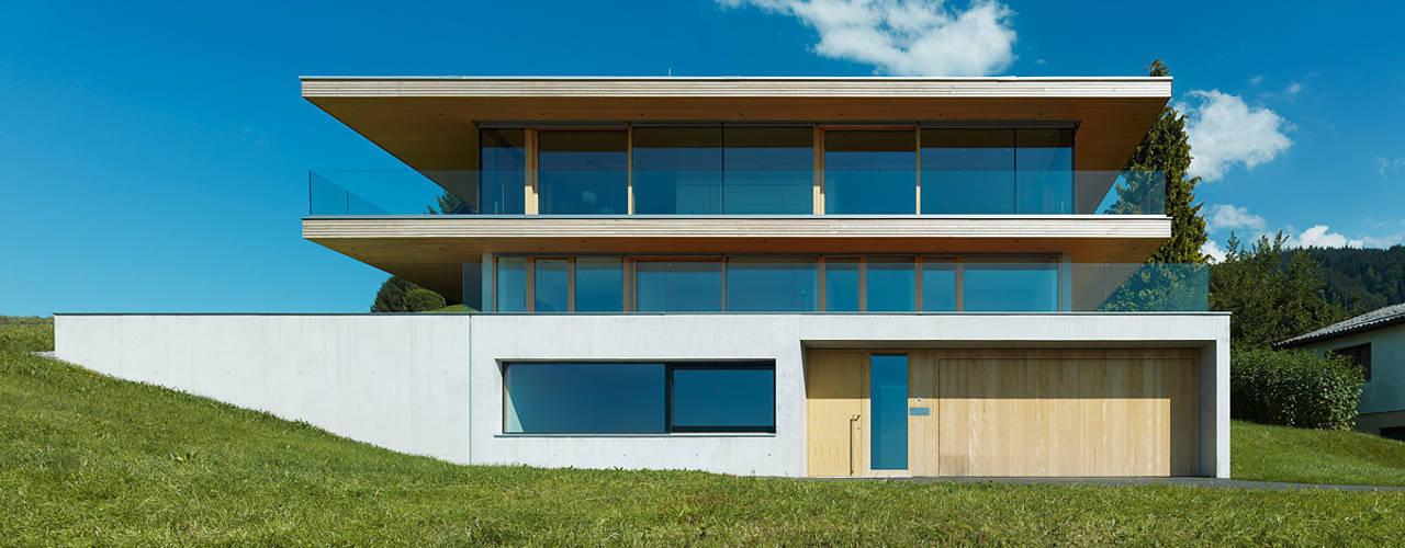 Rumah by Dietrich | Untertrifaller Architekten ZT GmbH