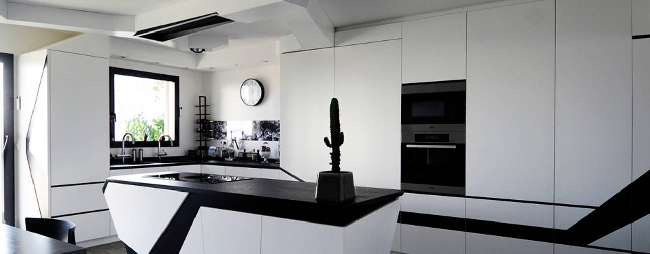 Кухни в . Автор – Agence Glenn Medioni