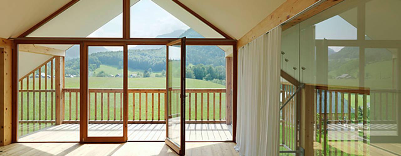 Окна и двери в стиле модерн от KAPO Fenster und Türen GmbH Модерн
