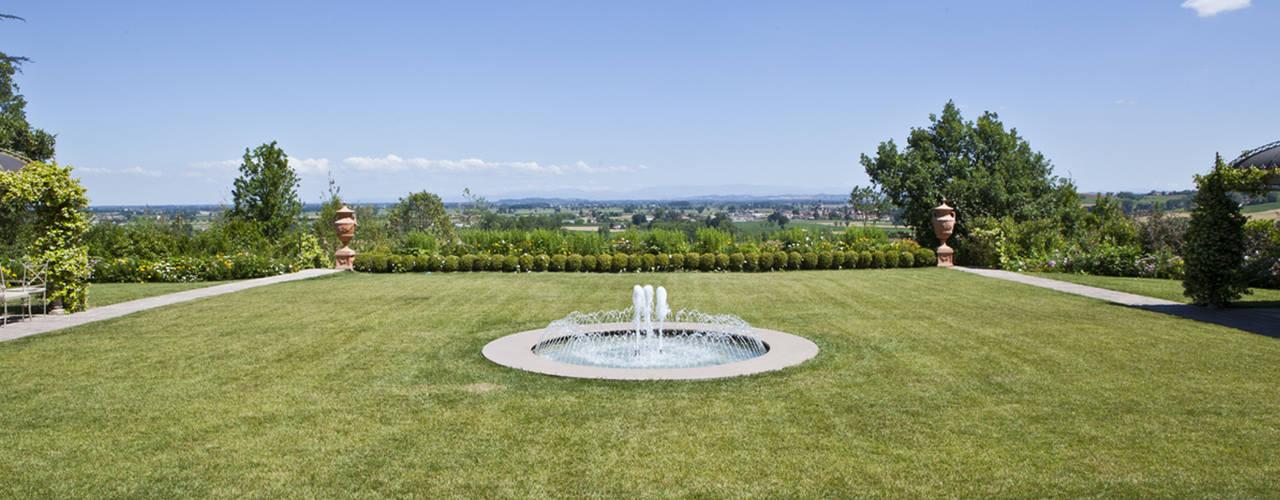 Сад в классическом стиле от Guido Ariotti Классический
