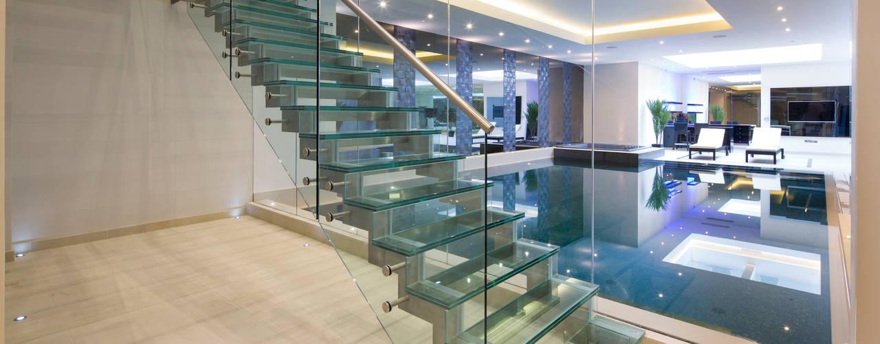 走廊 & 玄關 by Celia Sawyer Luxury Interiors
