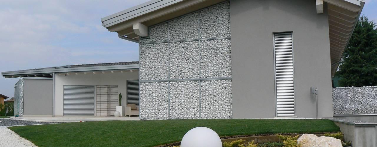 Villa de style  par Marlegno, Classique