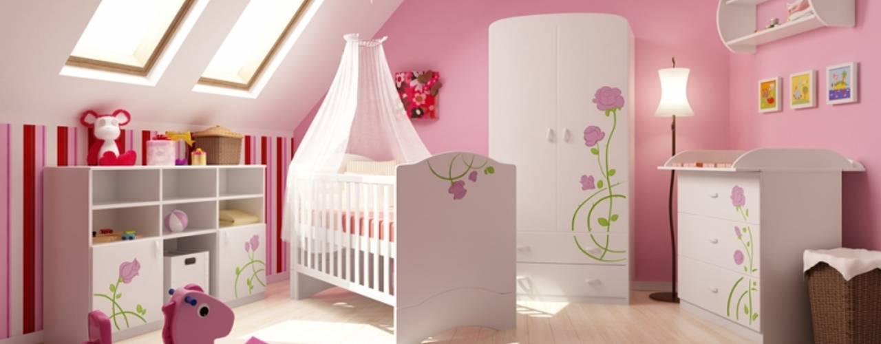 Klasyczny pokój dziecięcy od Möbelgeschäft MEBLIK Klasyczny