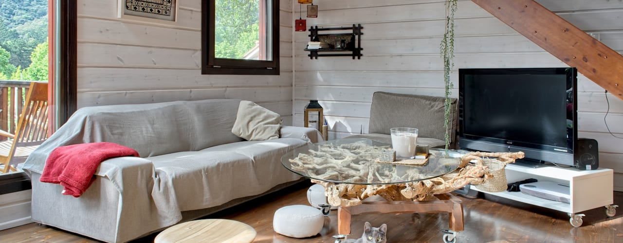 MONTSENY HOUSE HABITAT Salones de estilo moderno