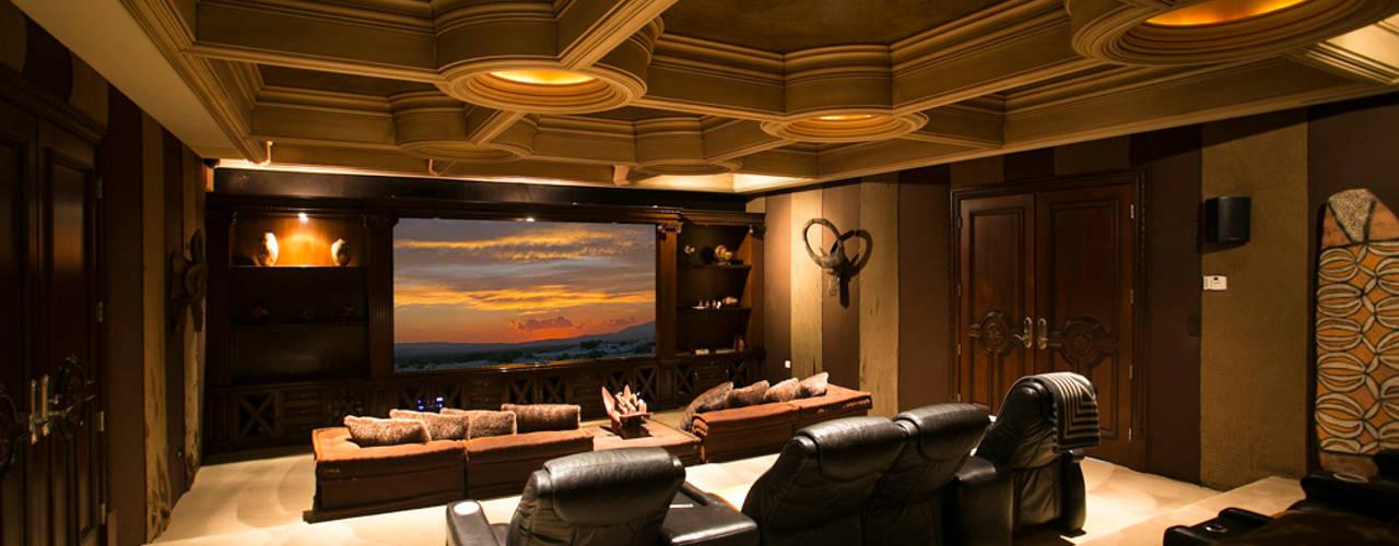 Projekty,  Pokój multimedialny zaprojektowane przez Guillermo Cardenas,