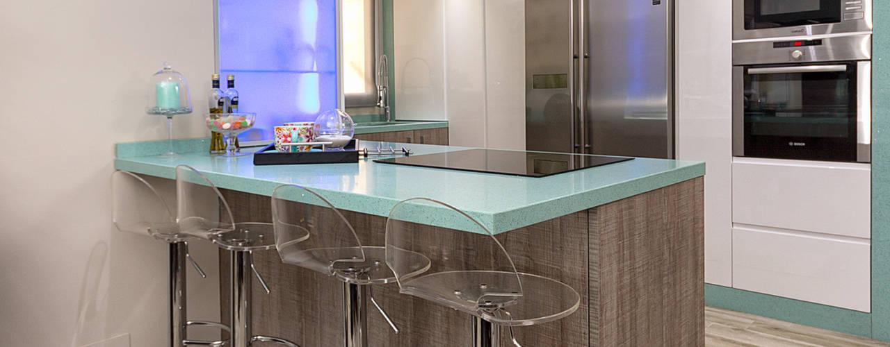 Кухня в стиле модерн от Espacios y Luz Fotografía Модерн