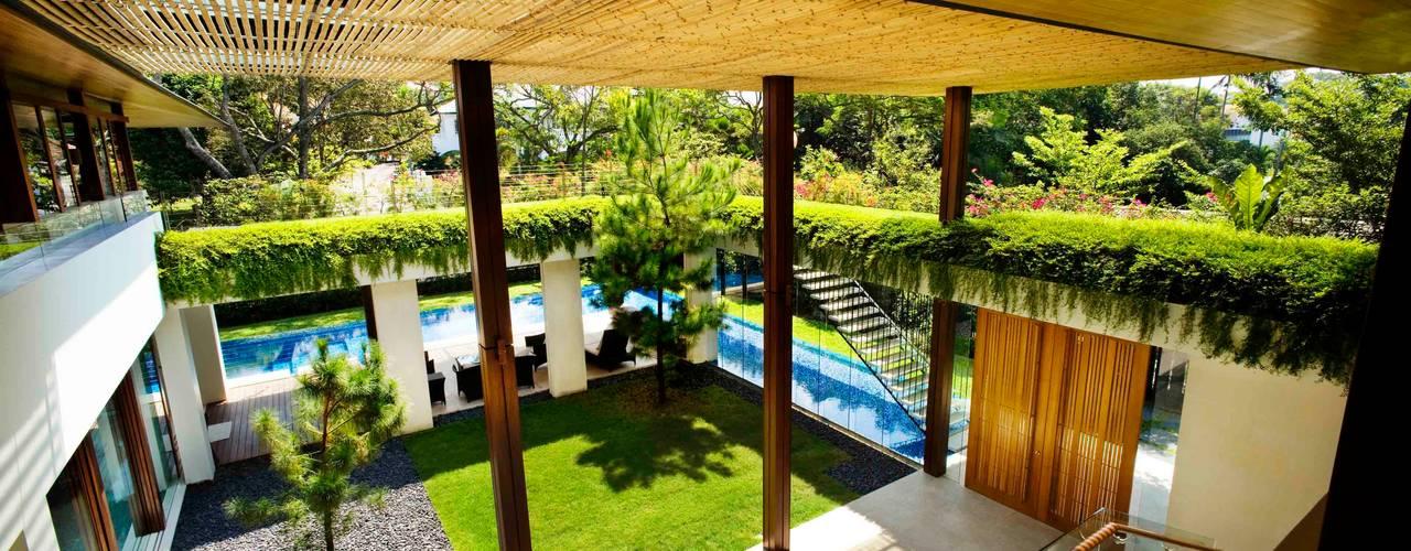 Maryland Drive Balkon, Veranda & Teras Guz Architects