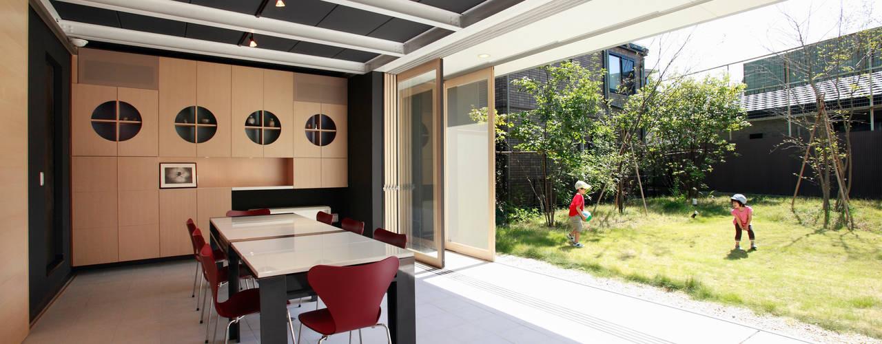 Garden by 原 空間工作所 HARA Urban Space Factory, Modern