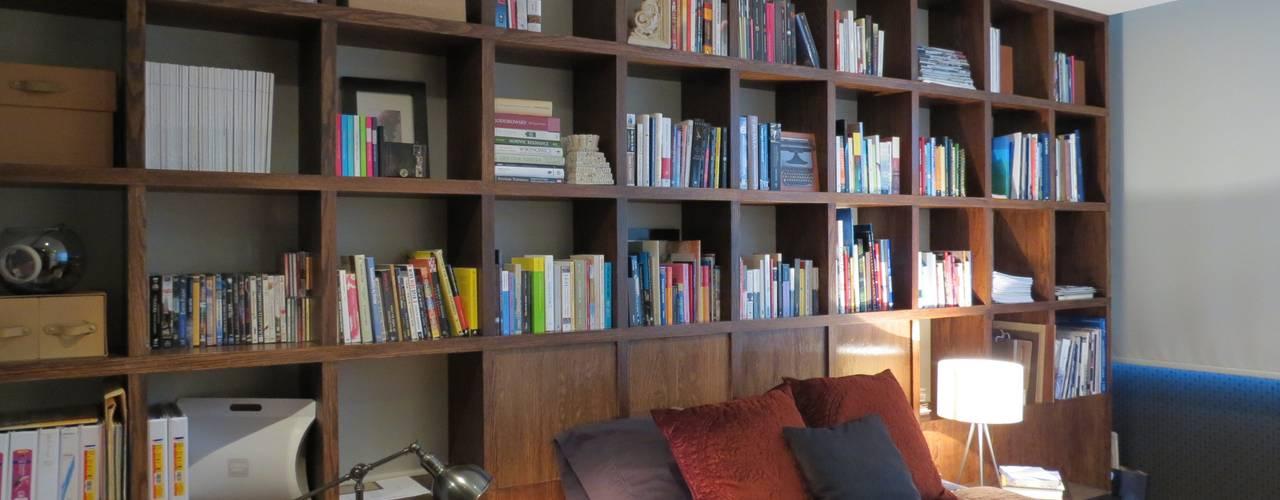 Dormitorios de estilo  por NIVEL TRES ARQUITECTURA,