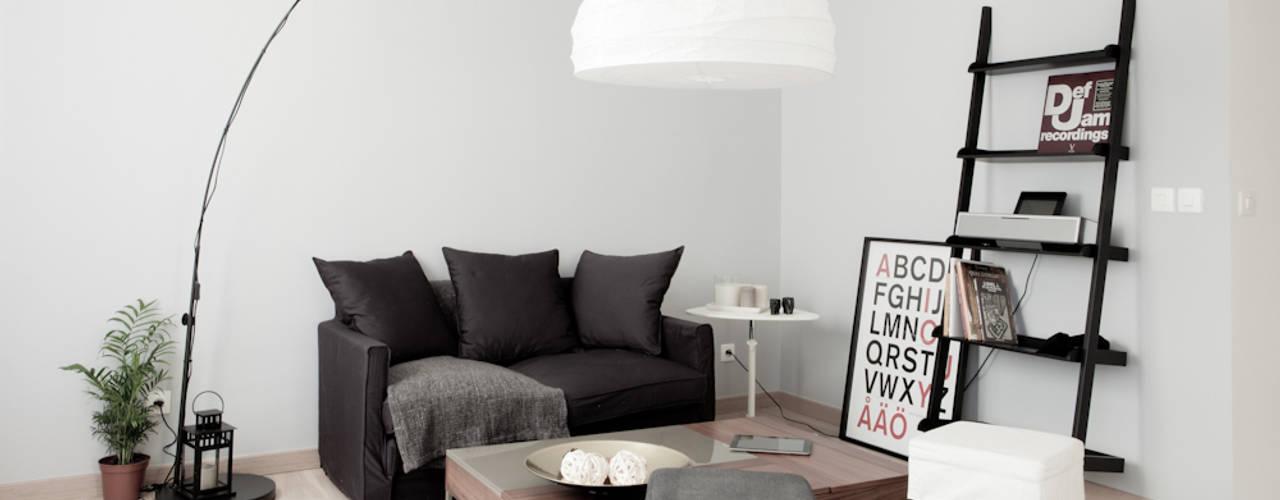Salas / recibidores de estilo  por Grazia Architecture