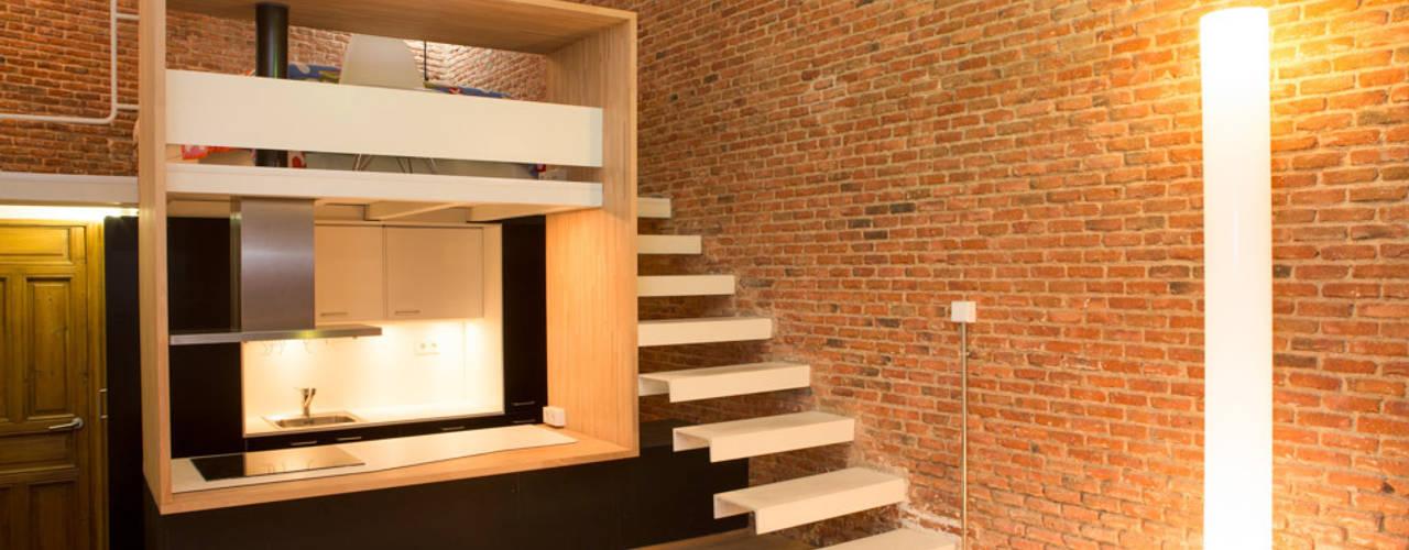 Pasillos y recibidores de estilo  por Beriot, Bernardini arquitectos