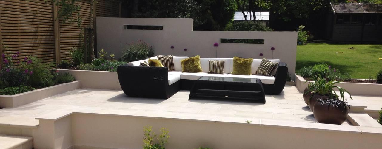 Contemporary Split level terrace Moderne tuinen van Gardenplan Design Modern