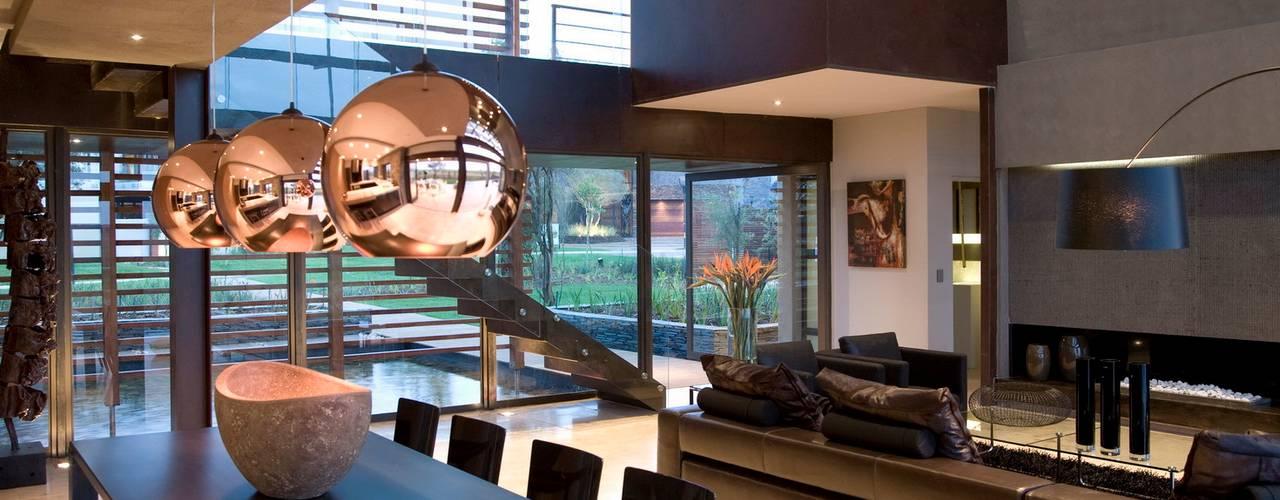 House Serengeti Comedores de estilo moderno de Nico Van Der Meulen Architects Moderno