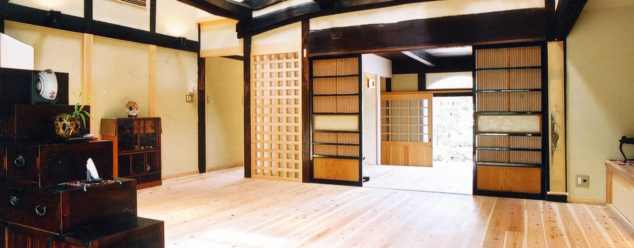 古民家再生の家 和風デザインの リビング の 株式会社古田建築設計事務所 和風