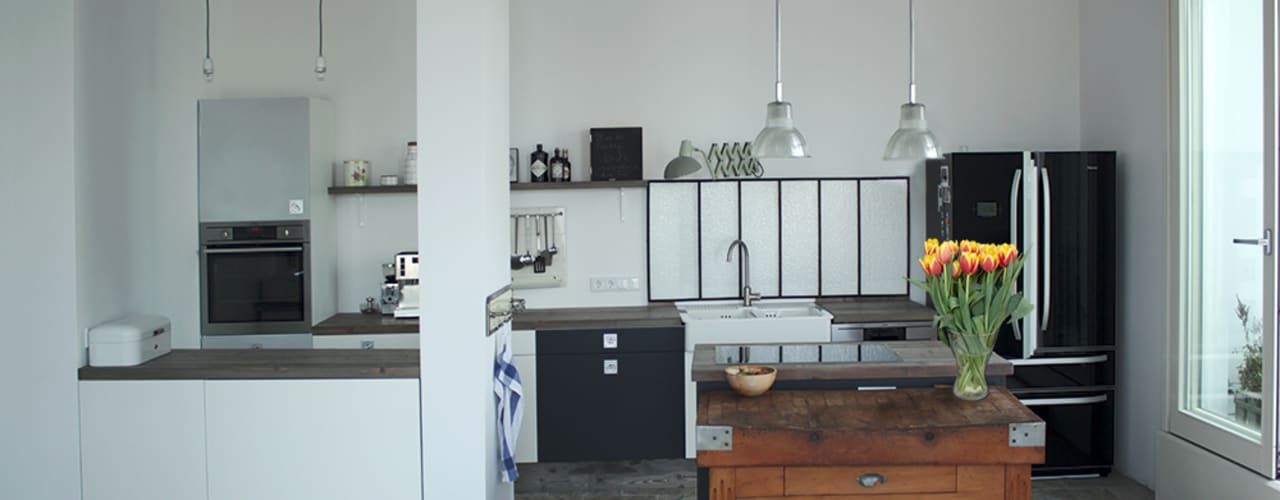Industrial style kitchen by Berlin Interior Design Industrial