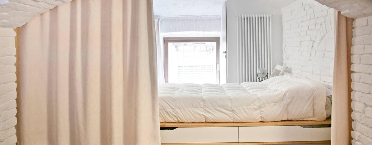 minimalistische Studeerkamer/kantoor door R3ARCHITETTI