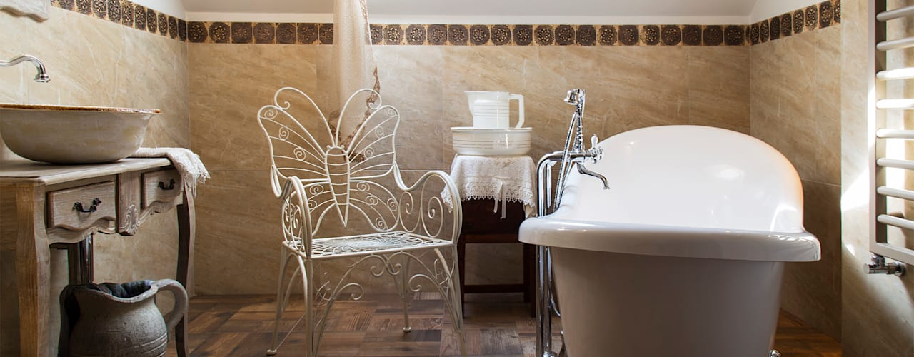 Rustic style bathrooms by k.halemska Rustic