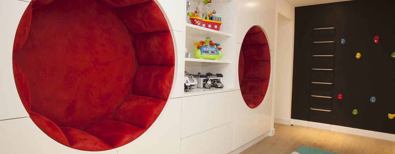 غرفة الاطفال تنفيذ Roselind Wilson Design , حداثي