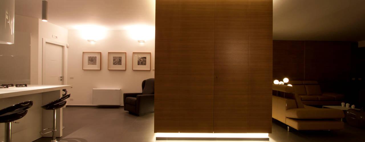 de estilo  por Laboratorio di Progettazione Claudio Criscione Design