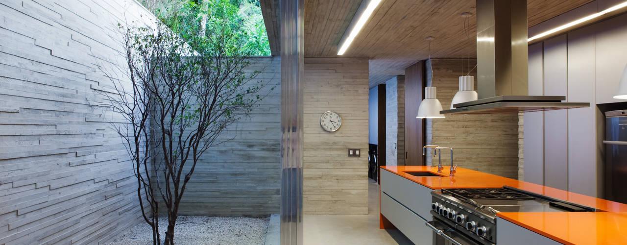 Moderne Küchen von Studio MK27 Modern
