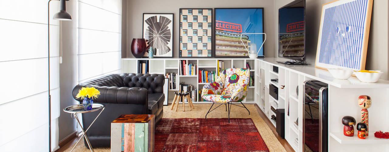 غرفة المعيشة تنفيذ Mauricio Arruda Design