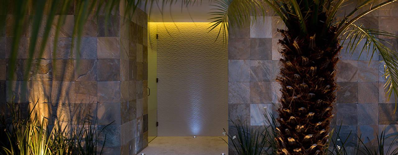 Projekty,  Ściany zaprojektowane przez Micheas Arquitectos
