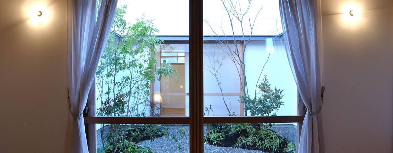 Windows by ツジデザイン一級建築士事務所