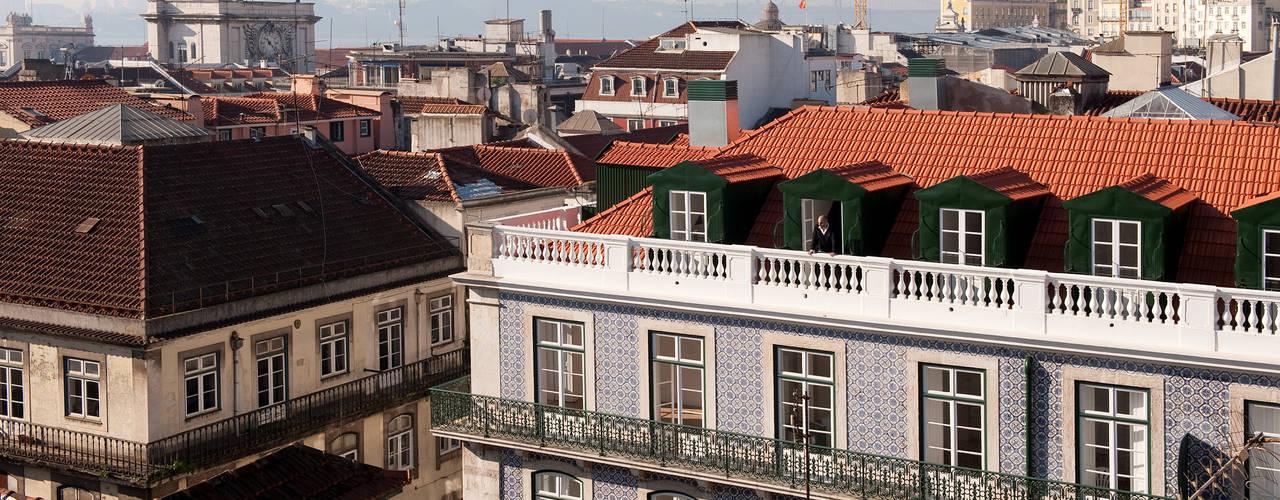 FANQUEIROS Casas clássicas por José Adrião Arquitectos Clássico