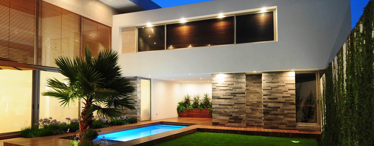 Casas de estilo  por ze|arquitectura , Moderno