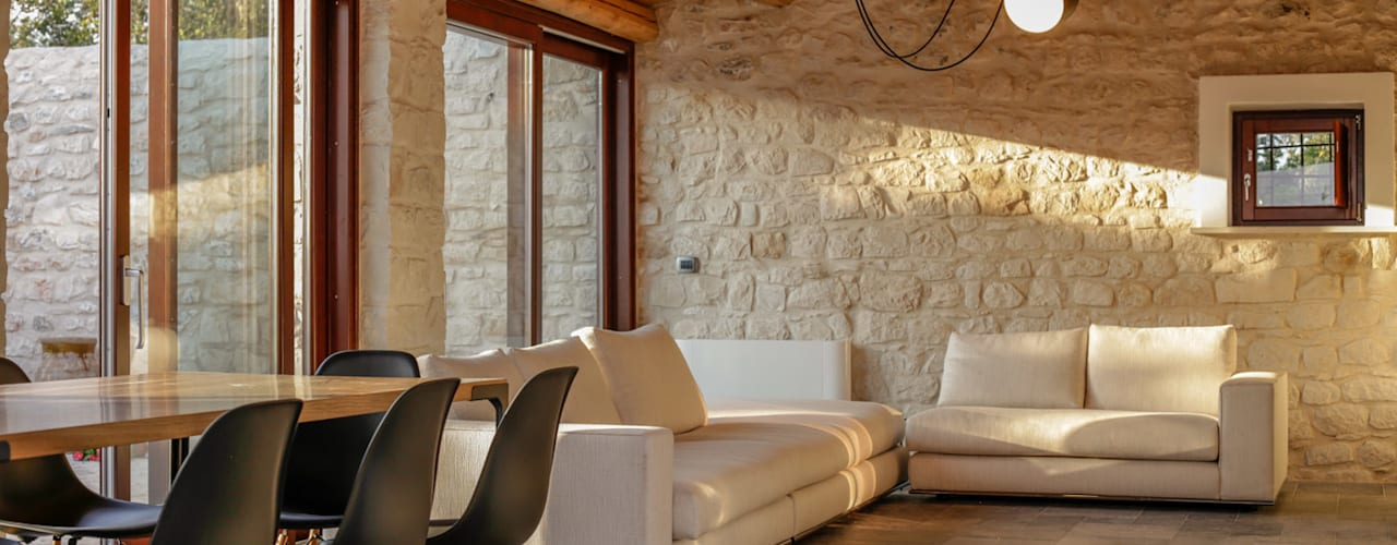 Salon rural par Viviana Pitrolo architetto Rural