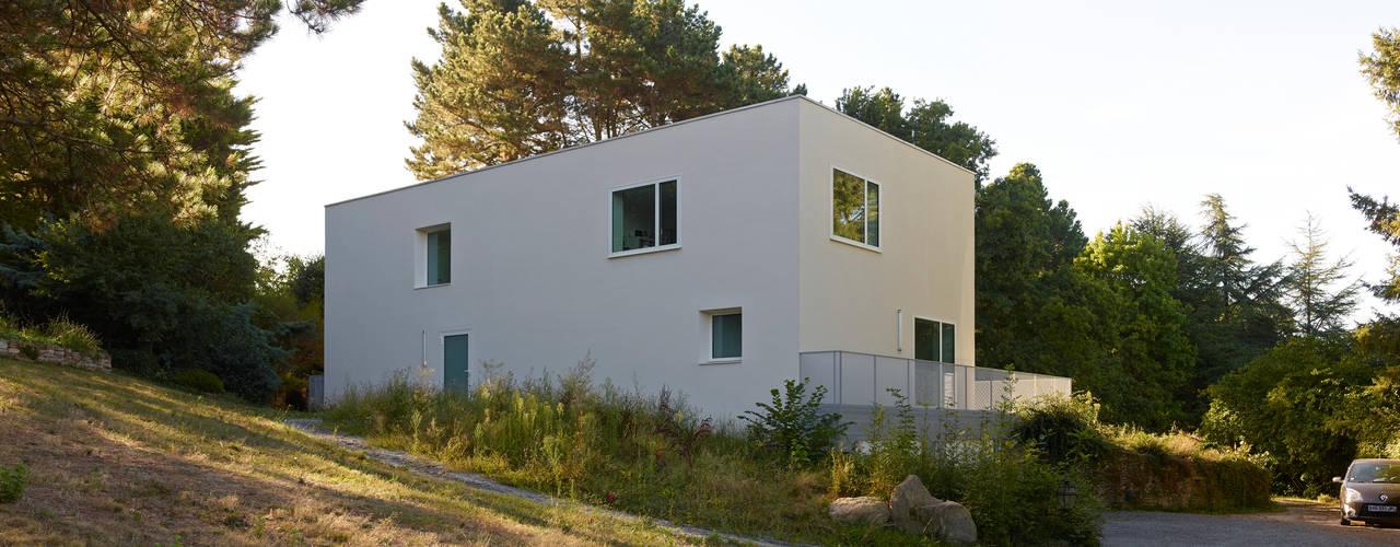 Maison B par Jacques Boucheton Architectes