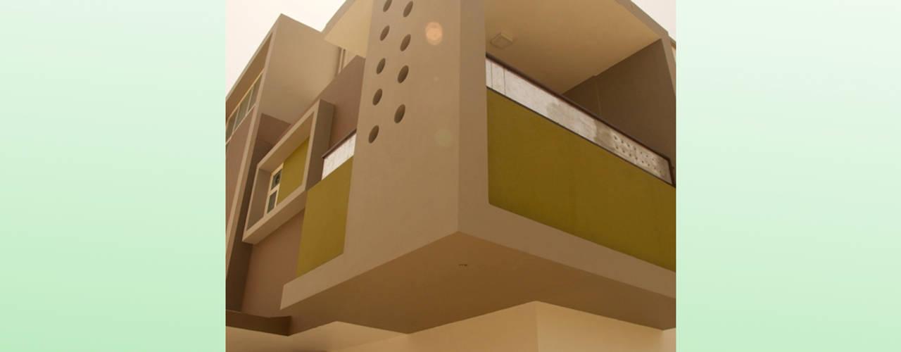Residential Bungalow in Bhuj, Kutch: modern  by Design Kkarma (India),Modern
