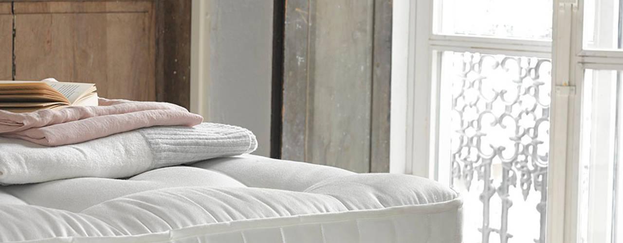 Loaf's 2015 Collections Спальня в классическом стиле от Loaf Классический
