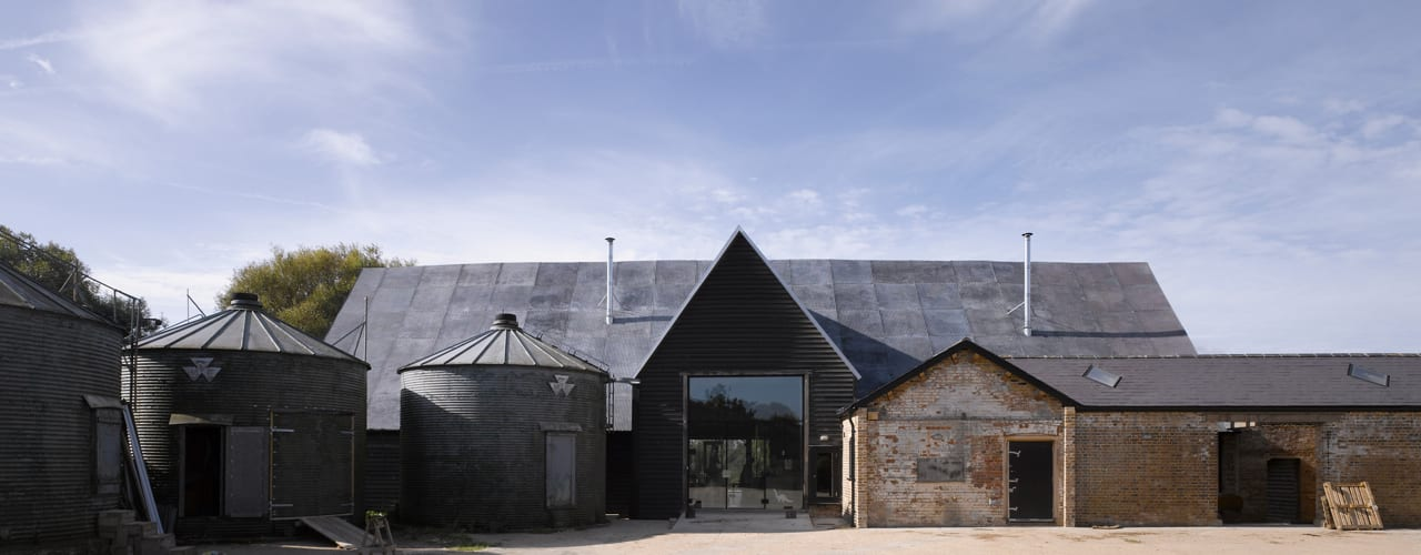 Feering Bury Farm Barn Industrial style houses by Hudson Architects Industrial