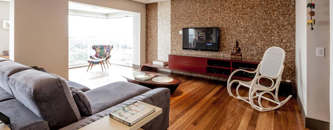 Tikkanen arquitetura Modern living room