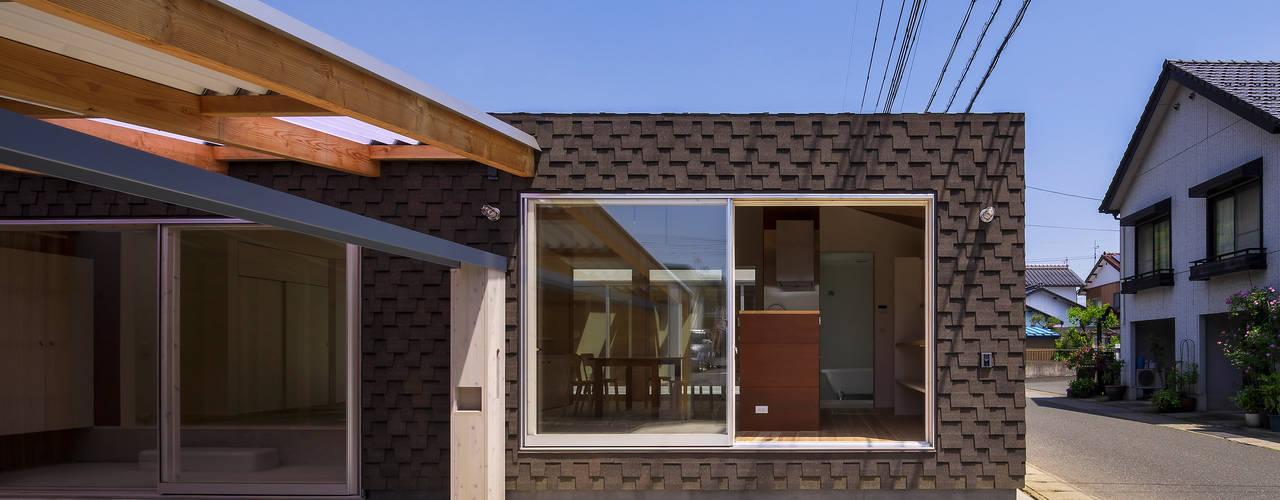 引土の家: Studio Antenaが手掛けた折衷的なです。,オリジナル