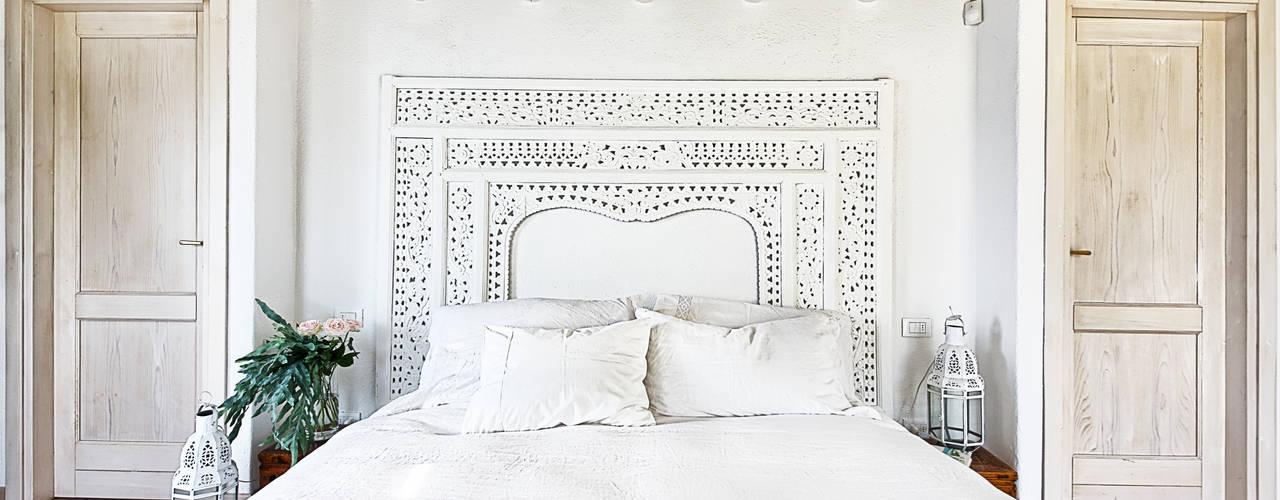 Chambre de style  par STUDIO PAOLA FAVRETTO SAGL - INTERIOR DESIGNER