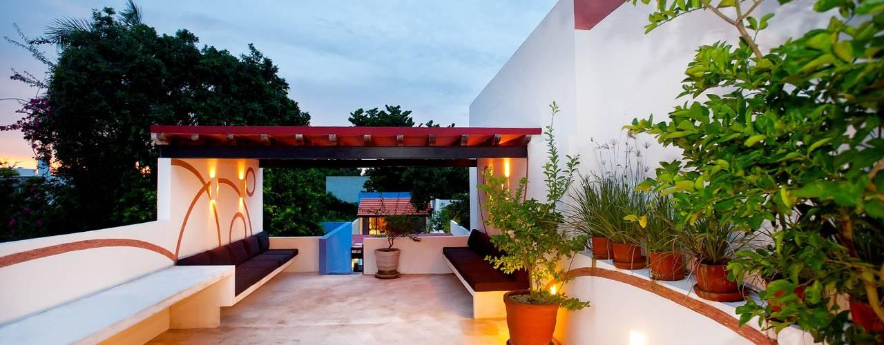 Casa GL53 Balcones y terrazas mediterráneos de Taller Estilo Arquitectura Mediterráneo