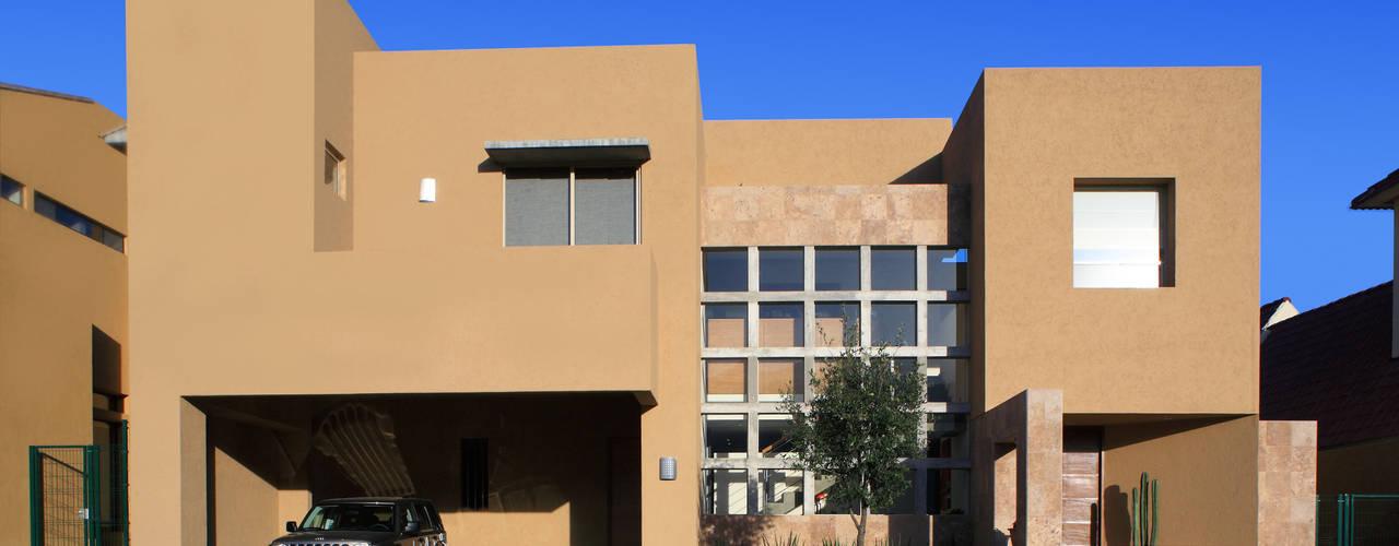 Casa Caritas No.58: Casas de estilo  por Arquiplan, Moderno