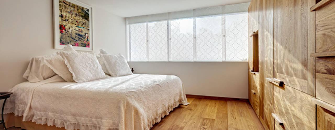 Bedroom by Lopez Duplan Arquitectos, Modern