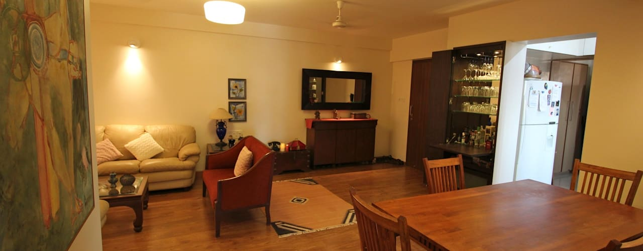Residence at Yari Road, Versova. Eclectic style dining room by Design Kkarma (India) Eclectic