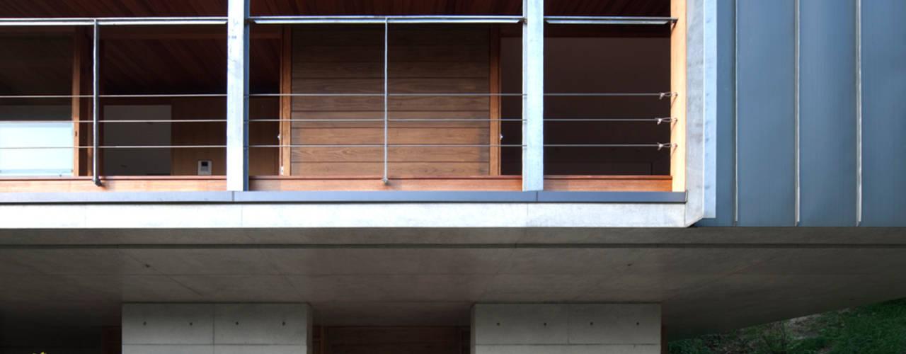 雷山の家: TOSHIAKI TANAKA&ASSOCIATES/田中俊彰設計室が手掛けた家です。